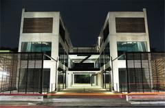 Vi-xYの施設画像
