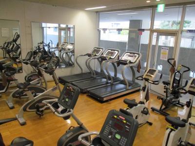 八雲体育館・トレーニング室の施設画像