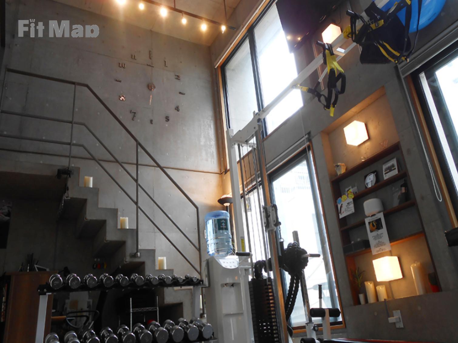 パーソナルトレーニングジムKenz赤坂店の施設画像