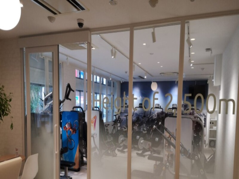 テトラフィット white 神戸三宮店の施設画像