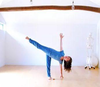 Yoga Madhya(ヨガ・マディヤ)の施設画像